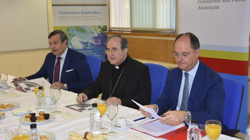Mons. Asenjo Pelegrina ha participado este martes en los 'Diálogos sobre Sevilla' de CEU Andalucía