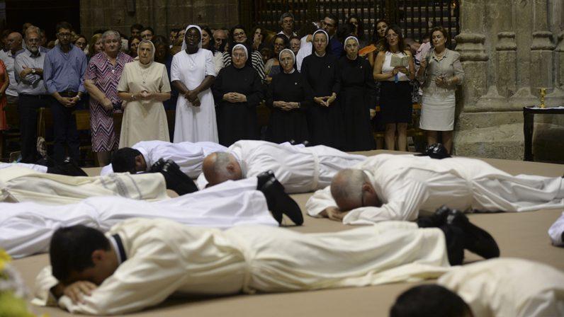 'Siete nuevos sacerdotes', carta pastoral del Arzobispo de Sevilla