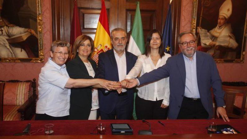 Convenio para la atención de personas sin hogar entre Cáritas Diocesana y el Ayuntamiento de Sevilla
