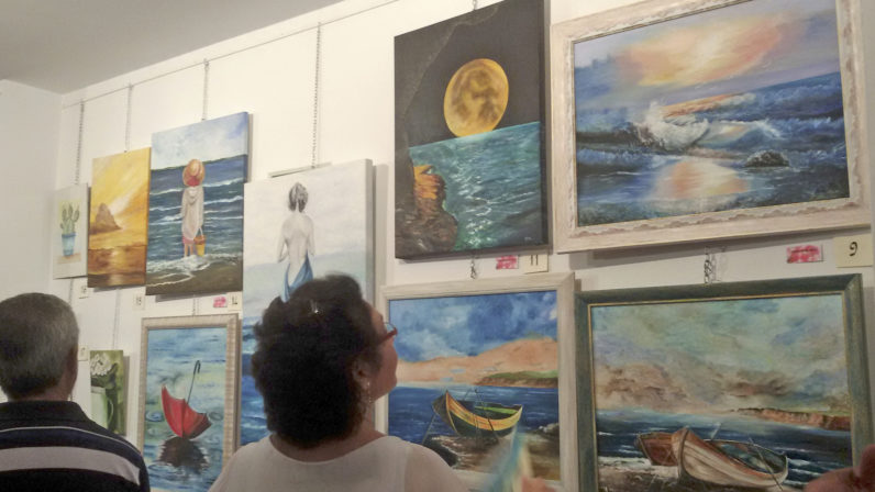 I Exposición de pintura de la Familia Idente en Constantina