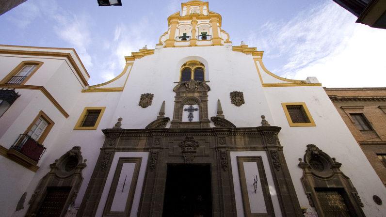 La Parroquia de Santa Cruz permanecerá cerrada hasta octubre