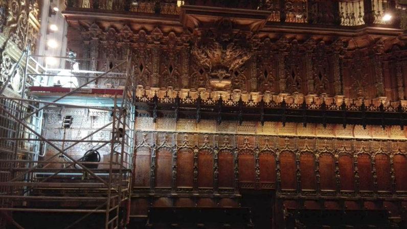 La Catedral acomete trabajos de conservación preventiva en la sillería del coro