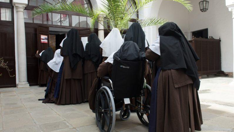 Tres religiosas sevillanas marchan para las misiones en Argentina y Camerún