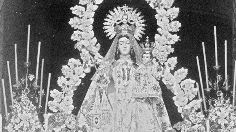 Exposición fotográfica en el convento de San Andrés, de Marchena