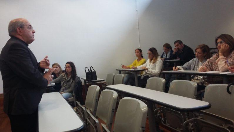 Mons. Gómez Sierra inaugura el segundo curso de pastoral educativa para docentes de los colegios diocesanos