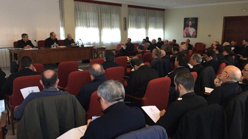 Sesión conjunta de los Consejos del Presbiterio y de Arciprestes