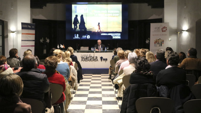 Benigno Blanco inaugura la IV Semana de la Familia con una conferencia sobre 'Ecología humana'