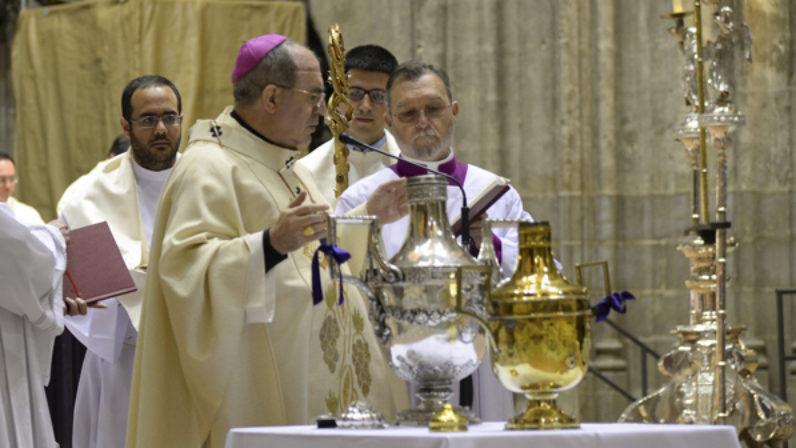 'Invitación a la Misa crismal del Lunes Santo', carta pastoral del Arzobispo de Sevilla