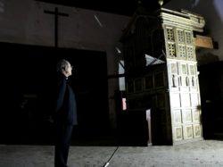 El Arzobispo visita la iglesia del monasterio de Santa Clara