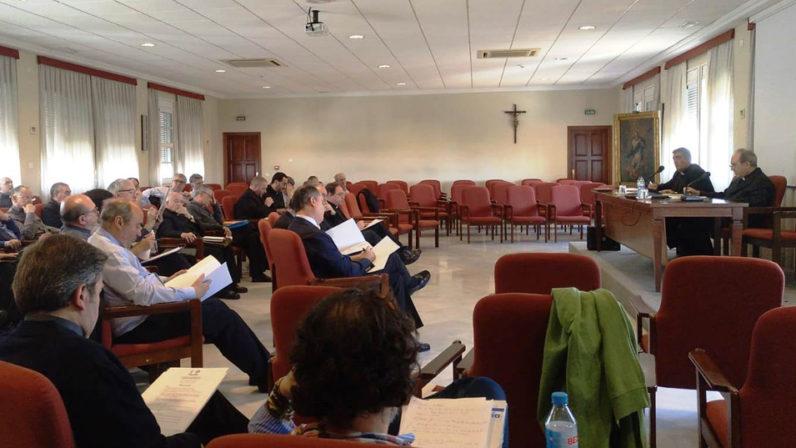 El Consejo Presbiteral y el Consejo de Arciprestes abordan el laicado en su reunión conjunta
