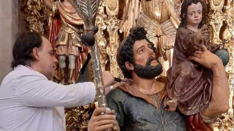 El San Cristóbal de Martínez Montañés se prepara para la exposición del Museo de Bellas Artes