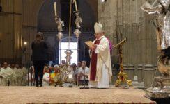 El papa Francisco felicita a monseñor Asenjo por sus bodas de oro sacerdotales