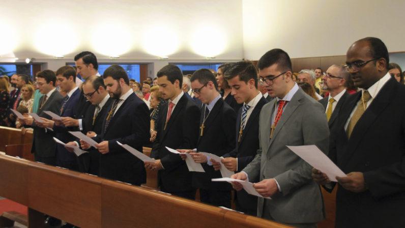 El Seminario celebra la toma de cruces de diez nuevos seminaristas