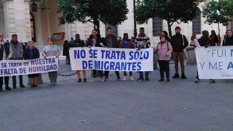 La Delegación de Migraciones celebra un Círculo de Silencio desde casa