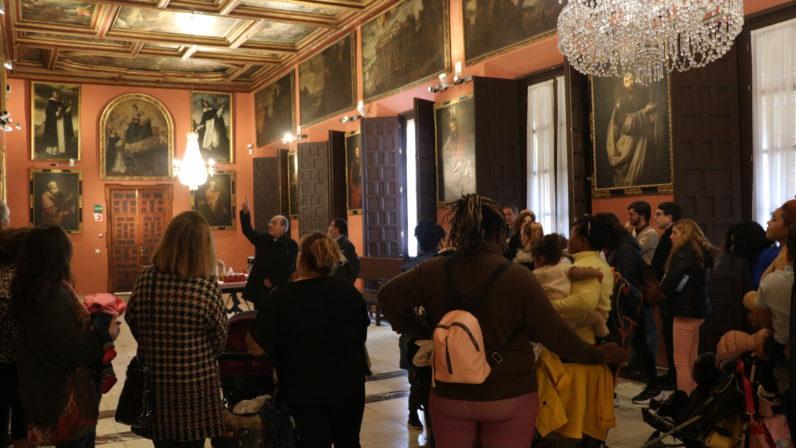 Monseñor Asenjo recibe a internas del Centro de Inserción Social de Sevilla