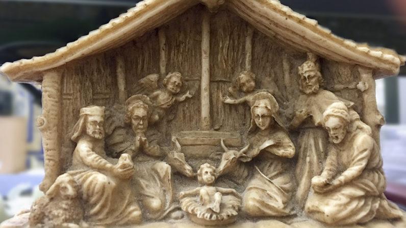 Bendición familiar del Belén y la mesa de Navidad
