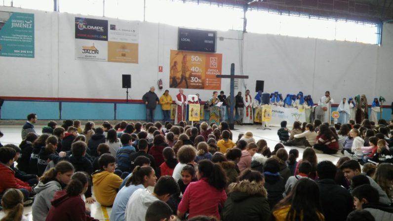 Jornada de la Infancia Misionera con la Cruz de Lampedusa