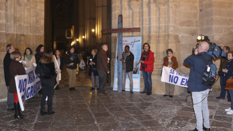 La Cruz de Lampedusa continúa su itinerario por toda la Archidiócesis de Sevilla