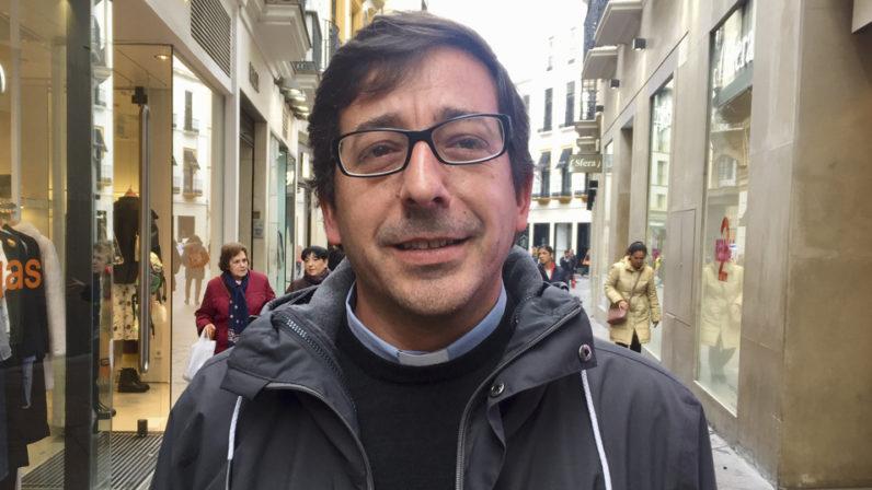 """Entrevista a Salvador Diánez, delegado diocesano de Migraciones: """"Tratamos de hacer vida el Evangelio, y eso conlleva acoger a nuestros hermanos"""""""