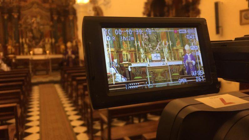 7TV y la web de ABC de Sevilla retransmiten este domingo la misa desde la capilla del Arzobispado