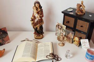 Altares domésticos de la #SemanaSantaEnCasa