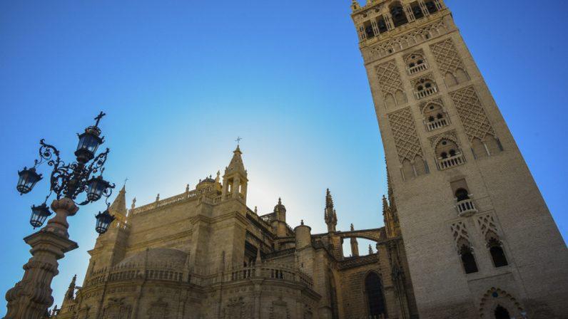 La Catedral de Sevilla modifica sus horarios para el culto y la Eucaristía