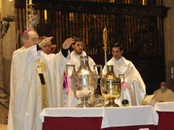 Misa Crismal en la Catedral de Sevilla