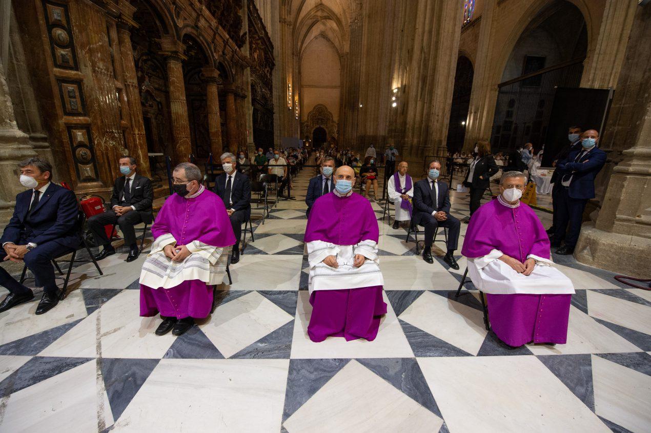 Funeral por las víctimas del coronavirus en la Catedral de Sevilla