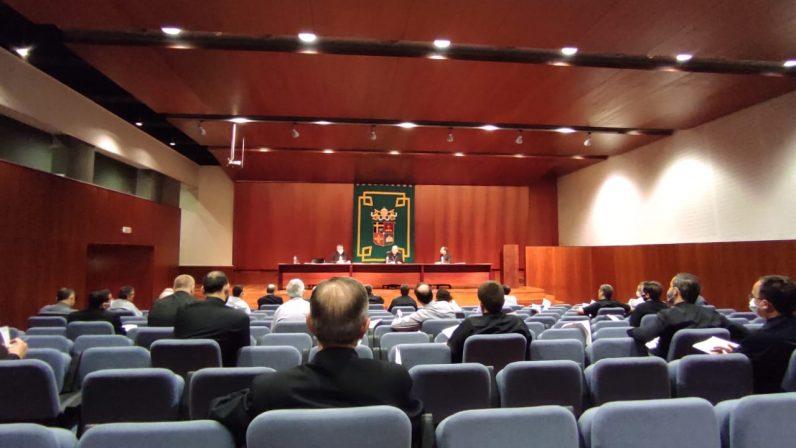 La Iglesia ante la pobreza, tema de la sesión conjunta del Consejo del Presbiterio y Arciprestes