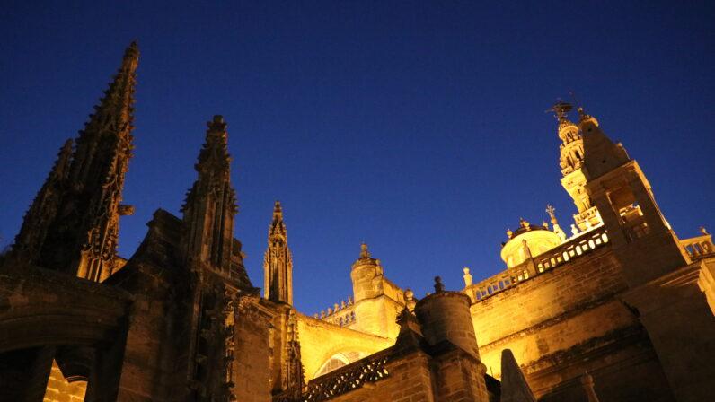 La Catedral amplía su horario de visitas culturales ante el éxito de las rutas nocturnas
