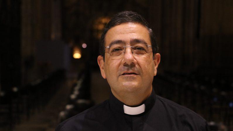 """Isacio Siguero, secretario general y canciller: """"Los que trabajamos en la Curia formamos una familia grande"""""""