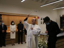 Mons. Asenjo ha bendecido el nuevo taller diocesano de restauración