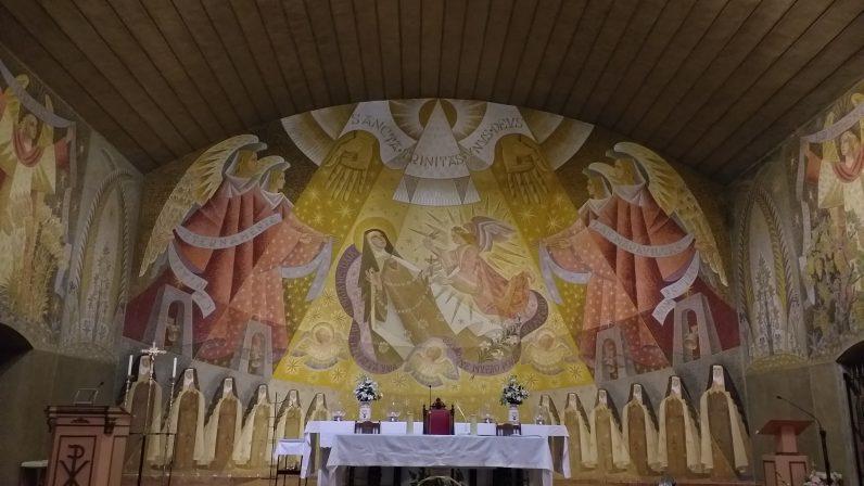 Los frescos de la Parroquia de Santa Teresa (I)