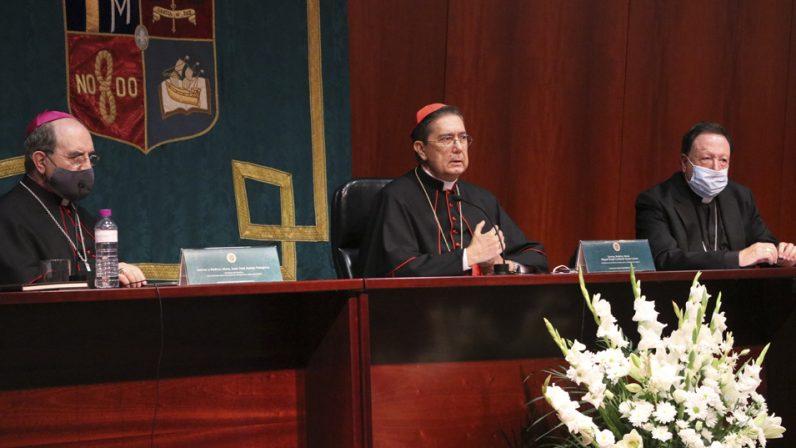 El cardenal Ayuso preside la apertura del curso en la Facultad de Teología