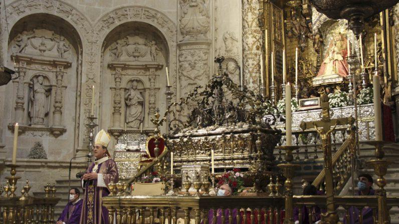 El Arzobispo ofrece una Misa por los sacerdotes difuntos durante el último año