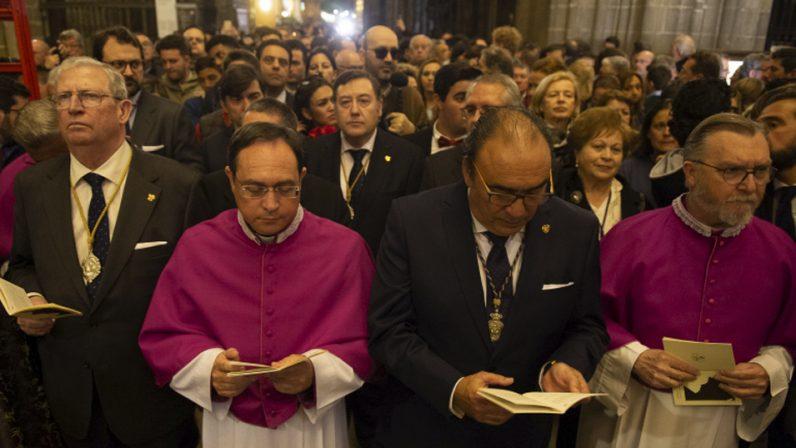 El Vía Crucis de las hermandades de Sevilla se aplica hoy por el fin de la pandemia