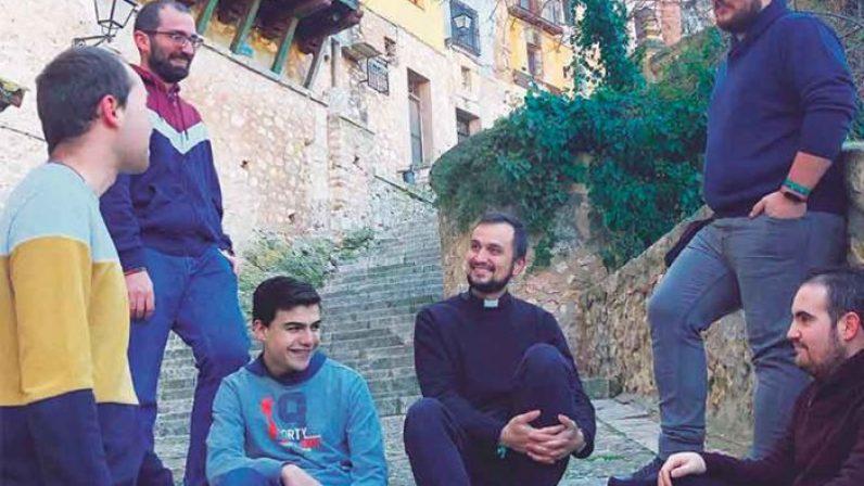 """""""Padre y hermano, como San José"""". Carta pastoral por el Día del Seminario 2021"""