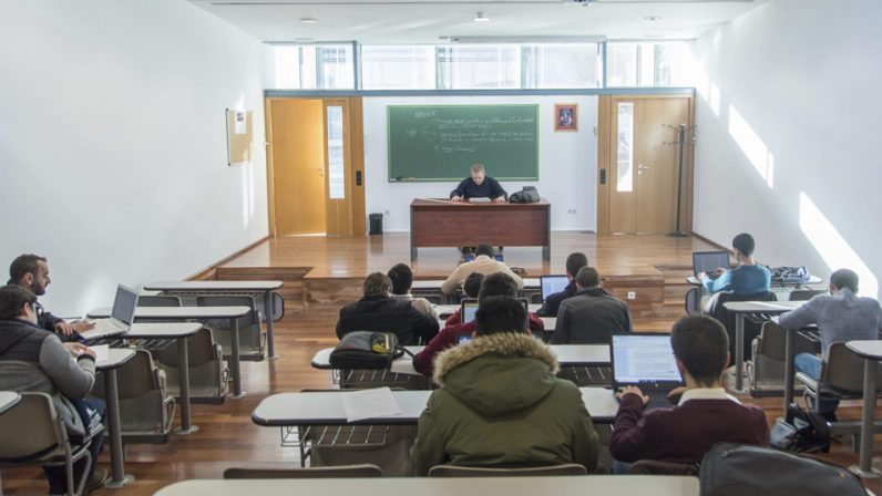 La Facultad de Teología de Sevilla vuelve a las clases presenciales