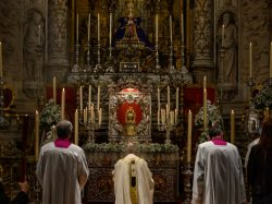 Misa vespertina  de la Cena del Señor en la Catedral de Sevilla
