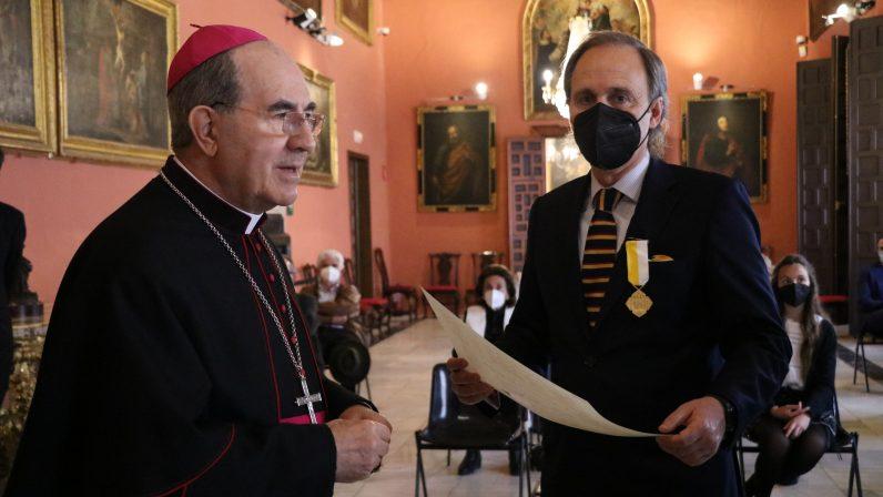 Entrega de las medallas Pro Ecclesia et Pontifice