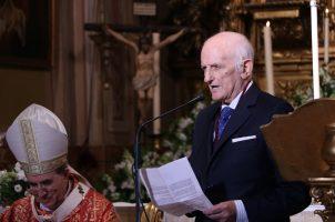 Medalla Pro Ecclesia Hispalense para Sixto Martín