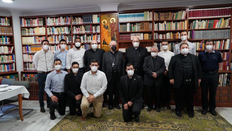 """Mons. Saiz a los seminaristas del Redemptoris Mater: """"Estrenad vuestra vocación cada día"""""""