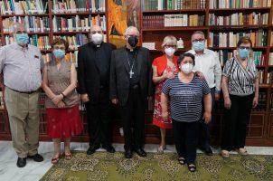 Mons. Saiz Meneses visita el seminario Redemptoris Mater