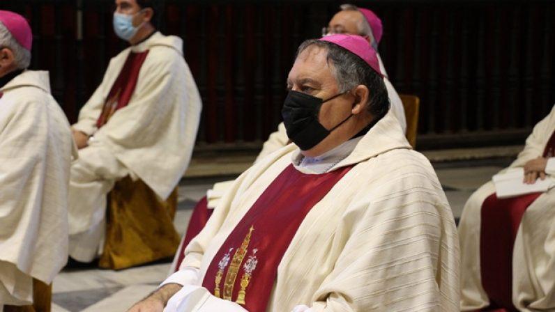Fallece la madre de monseñor Mazuelos, obispo de Canarias