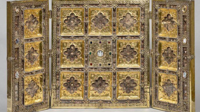 La Catedral de Sevilla cede a la XXV edición de Las Edades del Hombre tres piezas excepcionales