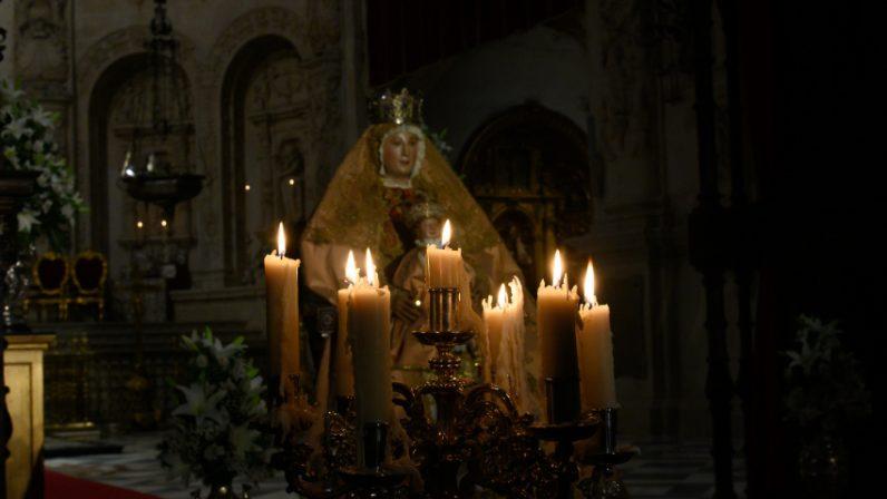 La Virgen de los Reyes ha sido expuesta para su veneración en la Capilla Real