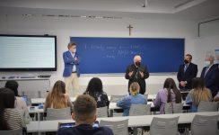 """Mons. Saiz en el CEU: """"Aspirad siempre a la excelencia espiritual, la santidad, y a la académica"""""""